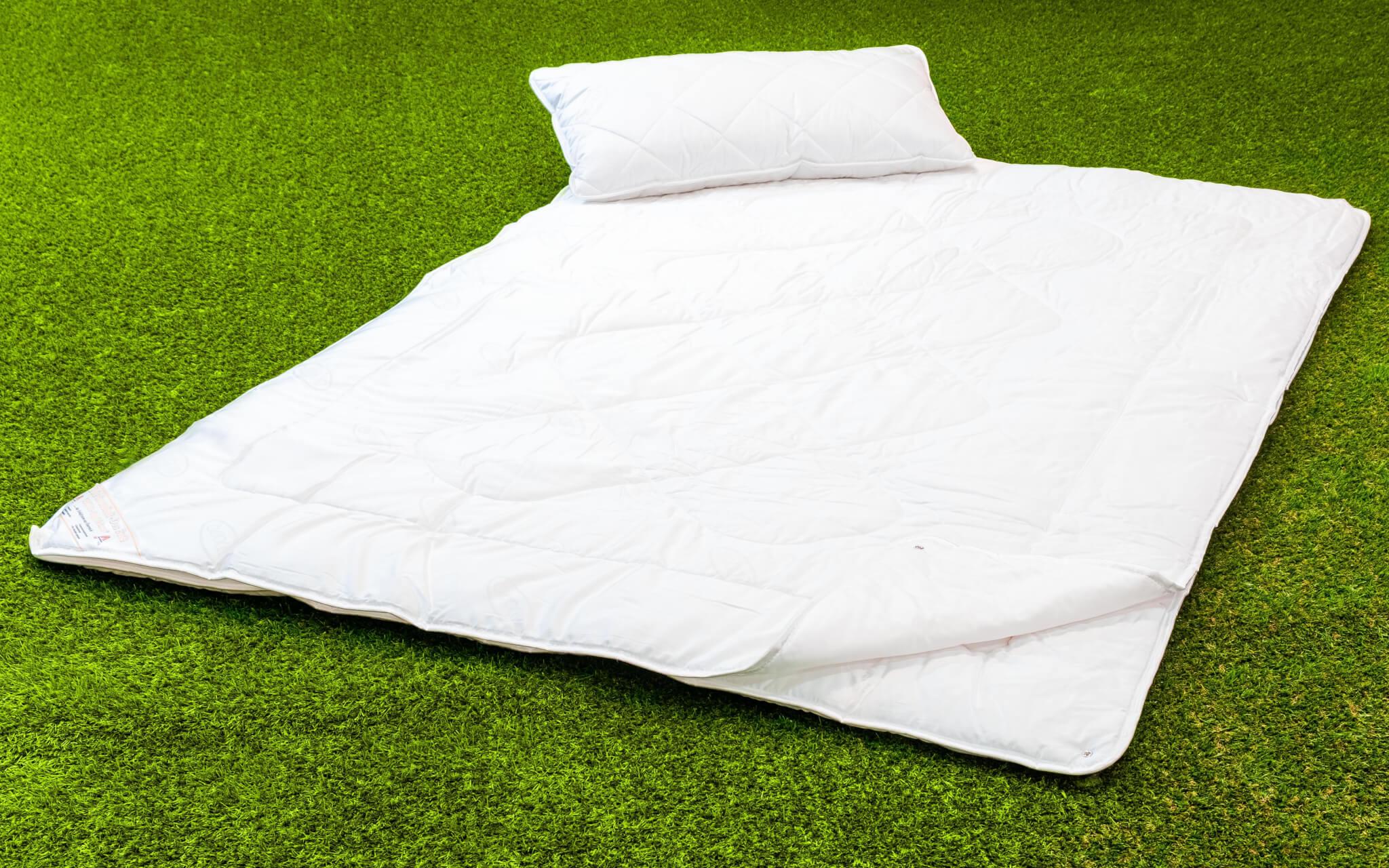 vier jahreszeiten decke neusiedlersee camping sleep by kuttin. Black Bedroom Furniture Sets. Home Design Ideas